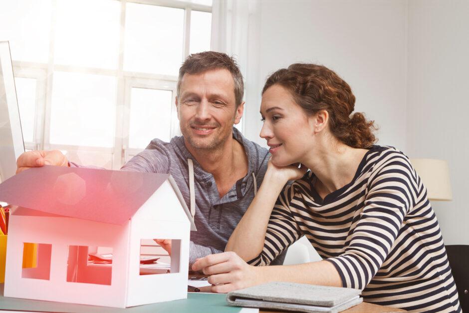 Baufinanzierung: online informieren, offline abschließen